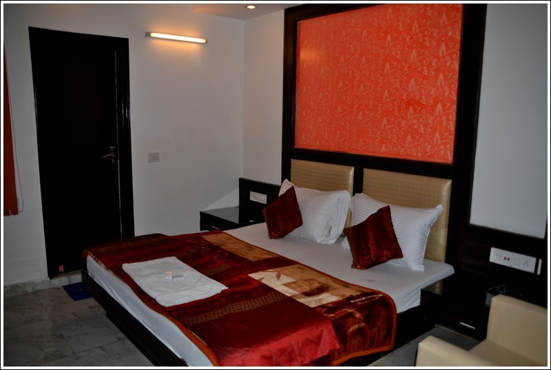Hotel Srivinayak - New Delhi