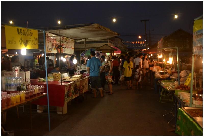 Pranburi Saturday food market