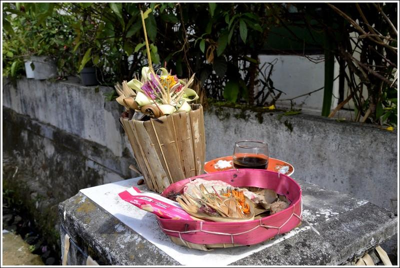 Canang Sari in Munduk