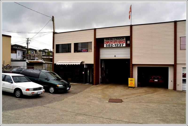 Garage Golden Touch in Surrey