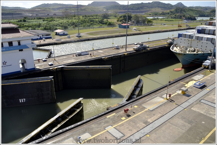 De Miraflores Locks